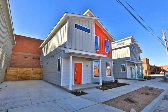 208 Pecan Street, Abilene, TX 79602 (MLS #14483154) :: Team Hodnett