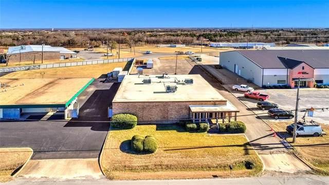 4107 Texoma Parkway, Sherman, TX 75090 (MLS #14484235) :: The Kimberly Davis Group