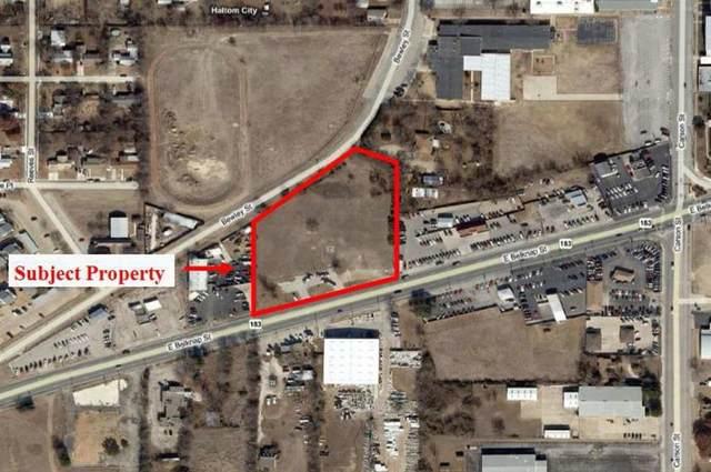 5833 Belknap, Haltom City, TX 76117 (MLS #14484530) :: The Kimberly Davis Group