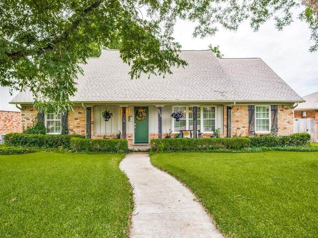 9810 Vistadale Drive, Dallas, TX 75238 (MLS #14485697) :: Robbins Real Estate Group