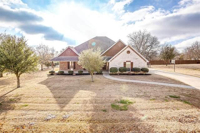 8424 Gold Creek Court, Burleson, TX 76028 (MLS #14486077) :: The Kimberly Davis Group