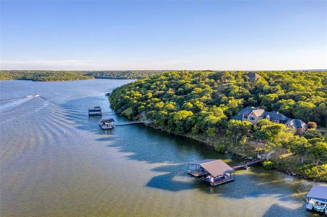 199 Grand Harbor Boulevard, Chico, TX 76431 (MLS #14487242) :: The Mitchell Group