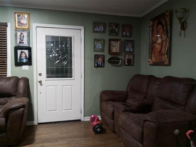 2437 Nicholson Drive, Dallas, TX 75224 (MLS #14487266) :: Wood Real Estate Group