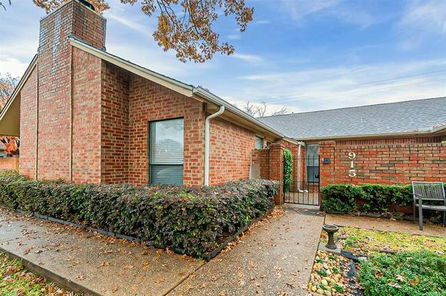 915 Cedarland Boulevard, Arlington, TX 76011 (MLS #14488488) :: Trinity Premier Properties