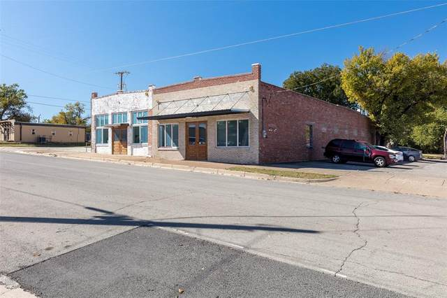 301 York Avenue, Weatherford, TX 76086 (MLS #14491606) :: Lyn L. Thomas Real Estate | Keller Williams Allen
