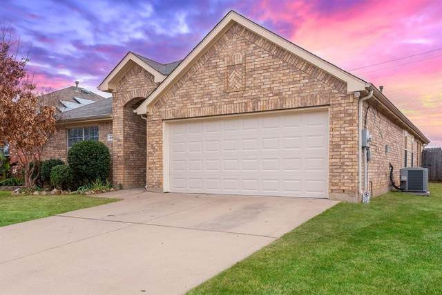 482 Angler Drive, Crowley, TX 76036 (MLS #14492435) :: The Mitchell Group