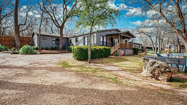 9432 Heron Drive, Fort Worth, TX 76108 (MLS #14493401) :: Trinity Premier Properties
