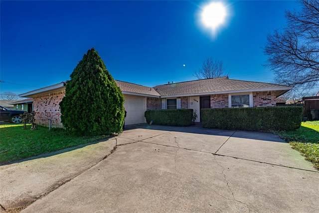 1616 E Park Boulevard, Plano, TX 75074 (MLS #14494173) :: The Mauelshagen Group