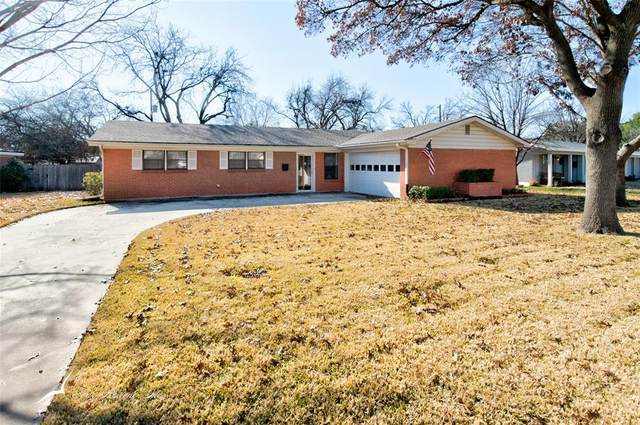 2109 River Oaks Circle, Abilene, TX 79605 (MLS #14494759) :: Jones-Papadopoulos & Co