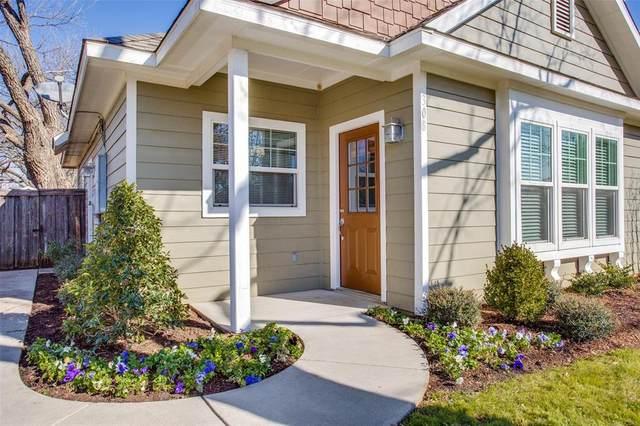 308 Pecan Street, Aubrey, TX 76262 (MLS #14495187) :: Post Oak Realty