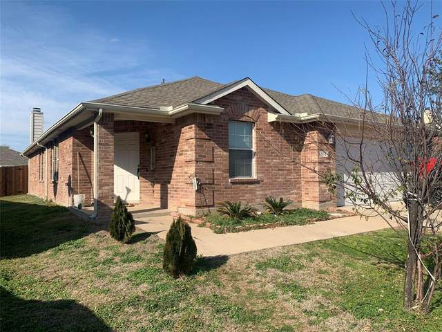 513 Paddle Drive, Crowley, TX 76036 (MLS #14495780) :: The Kimberly Davis Group