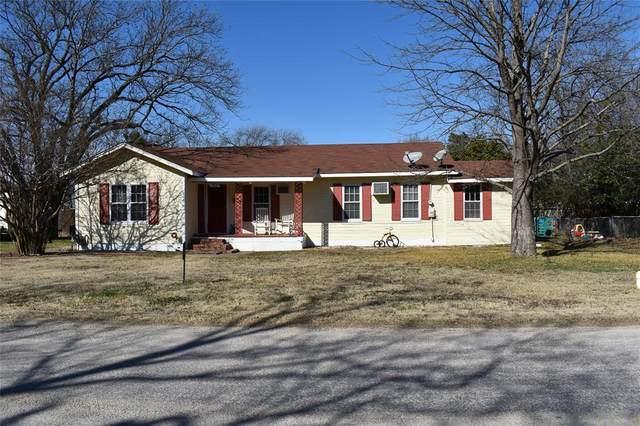 105 E Wilkerson Street, Itasca, TX 76055 (MLS #14496077) :: Team Hodnett