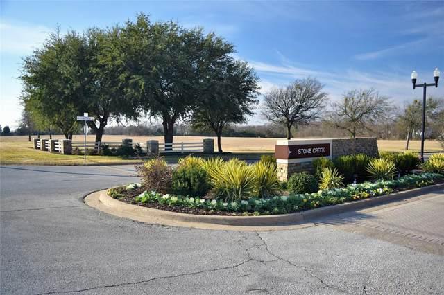 2305 S Hampton Road, Glenn Heights, TX 75154 (MLS #14496370) :: All Cities USA Realty
