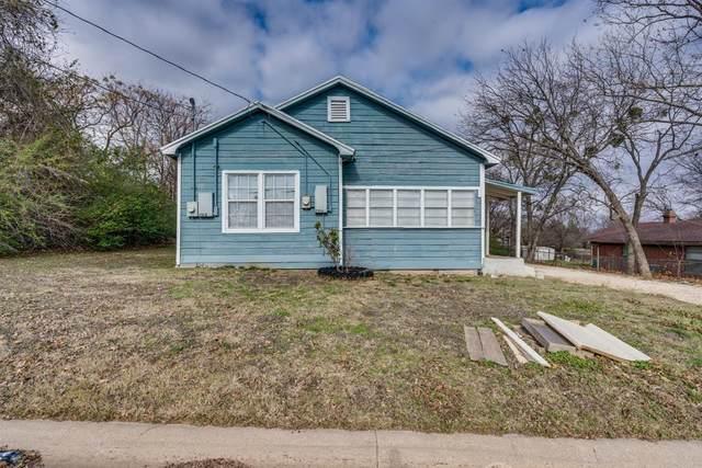 210 E 3rd Street, Keene, TX 76059 (MLS #14496471) :: The Kimberly Davis Group
