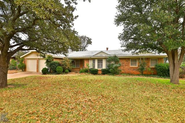2033 Greenbriar Drive, Abilene, TX 79605 (MLS #14497038) :: Maegan Brest | Keller Williams Realty
