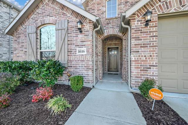 1616 Spoonbill Drive, Little Elm, TX 75068 (MLS #14497295) :: Real Estate By Design