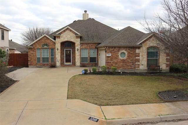 3205 Dalhart Drive, Fort Worth, TX 76179 (MLS #14497327) :: The Kimberly Davis Group