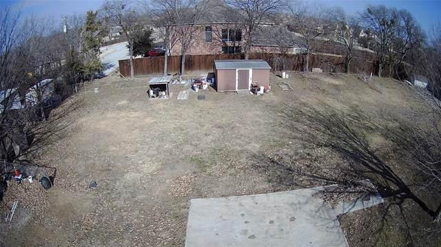 137 Cedar Street, Roanoke, TX 76201 (MLS #14497520) :: The Mauelshagen Group