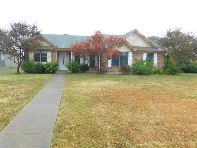 1311 Devonshire Lane, Wylie, TX 75098 (MLS #14497628) :: Maegan Brest | Keller Williams Realty