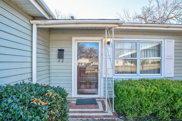 3856 Castle Hills Drive, Dallas, TX 75241 (MLS #14497818) :: All Cities USA Realty