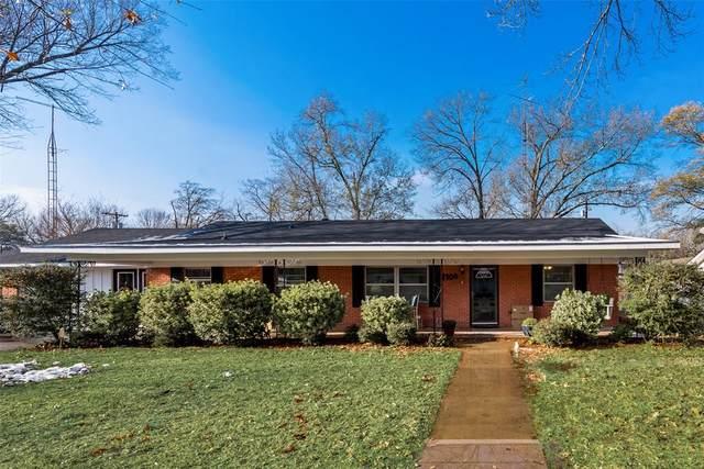2106 W 1st Avenue, Corsicana, TX 75110 (MLS #14497883) :: Premier Properties Group of Keller Williams Realty