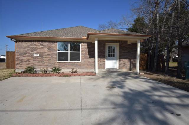 407 E Vernonholland Memorial Drive, Sherman, TX 75090 (MLS #14498168) :: Team Tiller
