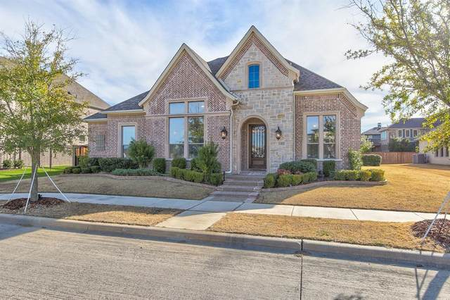 1102 Blue Lake Boulevard, Arlington, TX 76005 (MLS #14498284) :: RE/MAX Pinnacle Group REALTORS