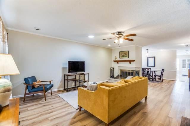 2512 Royal Oaks Drive, Plano, TX 75074 (MLS #14498327) :: The Kimberly Davis Group