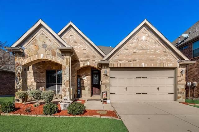 304 Blythe Bridge Drive, Roanoke, TX 76262 (MLS #14498355) :: Maegan Brest | Keller Williams Realty