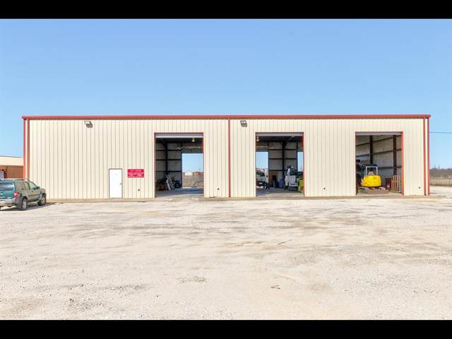 300 E Industrial Boulevard, Graham, TX 76450 (MLS #14498470) :: All Cities USA Realty