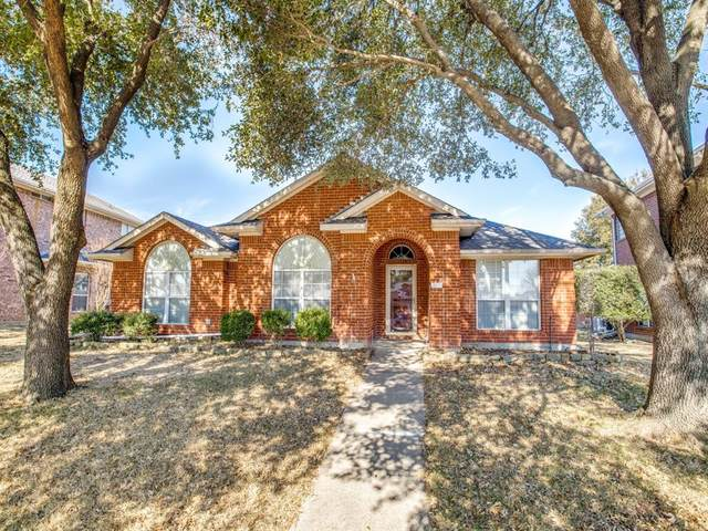 1021 Mark Twain Drive, Allen, TX 75002 (MLS #14498485) :: The Mauelshagen Group