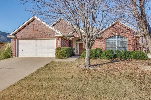 2821 Hollow Ridge Drive, Denton, TX 76210 (MLS #14498543) :: The Kimberly Davis Group