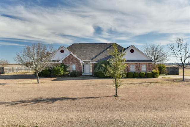 4064 Fm 813, Waxahachie, TX 75165 (MLS #14498717) :: The Kimberly Davis Group