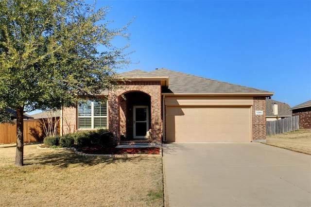 1205 Glenwood Drive, Azle, TX 76020 (MLS #14498787) :: The Good Home Team