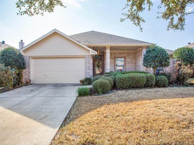 1902 Cyrus Way, Denton, TX 76208 (MLS #14498790) :: Post Oak Realty