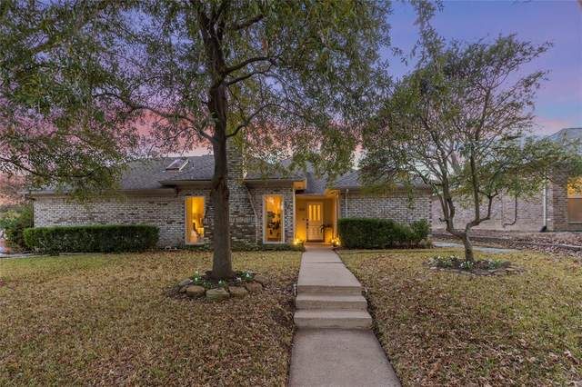 6018 Blue Mist Lane, Dallas, TX 75248 (MLS #14498975) :: Front Real Estate Co.