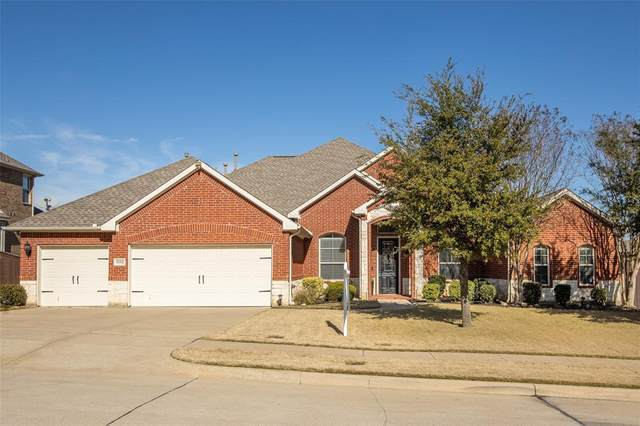 1112 Starleaf Drive, Mansfield, TX 76063 (MLS #14499259) :: RE/MAX Pinnacle Group REALTORS