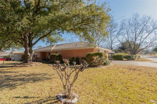 402 Valley Drive, Rockwall, TX 75087 (MLS #14499470) :: Real Estate By Design