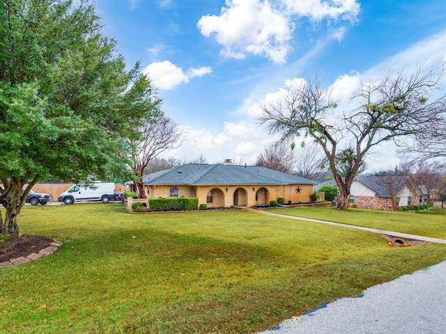 110 Canyon Creek Drive, Highland Village, TX 75077 (MLS #14499663) :: The Mauelshagen Group