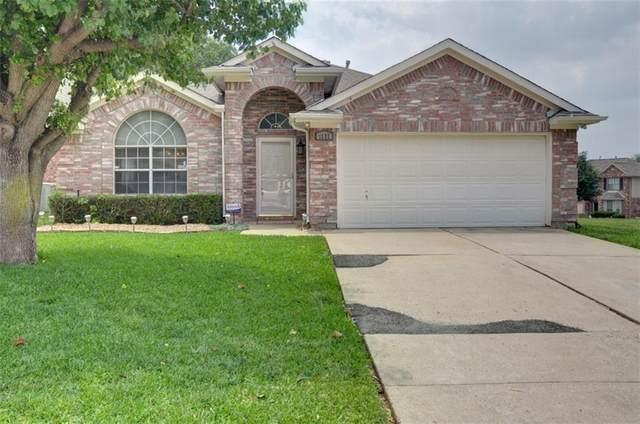 1117 Belmont Drive, Grand Prairie, TX 75052 (MLS #14499739) :: RE/MAX Pinnacle Group REALTORS