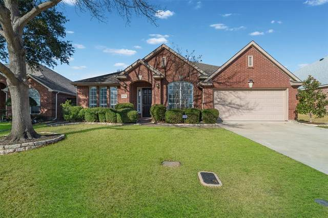 9719 Cliffside Drive, Irving, TX 75063 (MLS #14499833) :: The Kimberly Davis Group