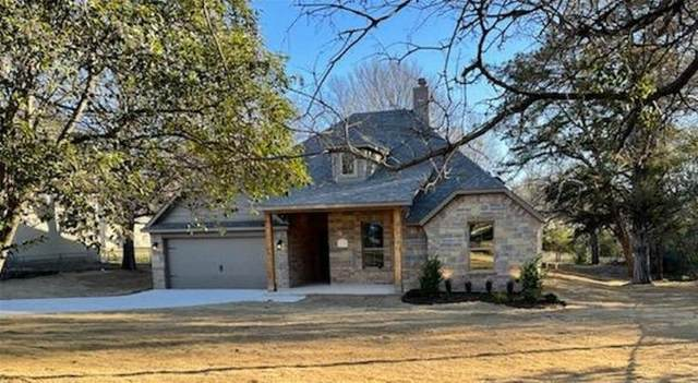 312 Lakeside Drive, Azle, TX 76020 (MLS #14499846) :: Real Estate By Design