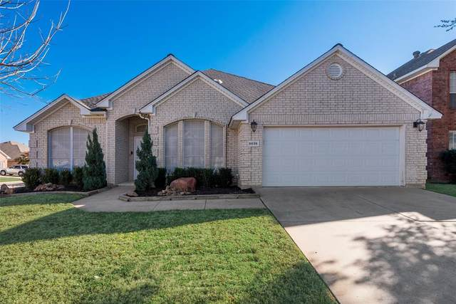 5836 Clear Creek Drive, Haltom City, TX 76137 (MLS #14499940) :: All Cities USA Realty