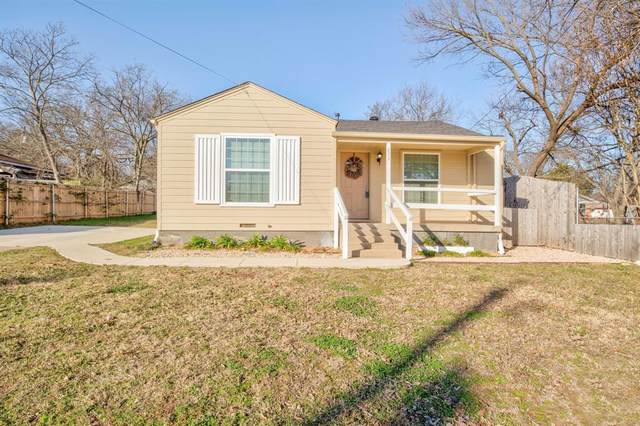 202 S Eastern Street, Keene, TX 76059 (MLS #14500113) :: The Kimberly Davis Group