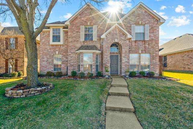 5221 Boxwood Lane, Mckinney, TX 75070 (MLS #14500170) :: Hargrove Realty Group