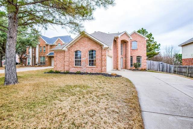 7013 Riverchase Trail, Denton, TX 76210 (#14500190) :: Homes By Lainie Real Estate Group