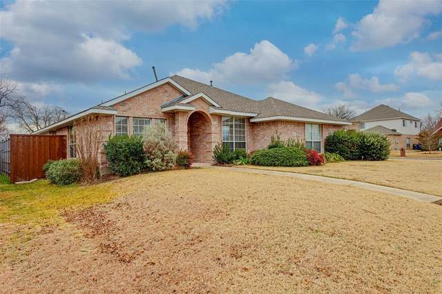 500 Grassy Glen Drive, Wylie, TX 75098 (#14500219) :: Homes By Lainie Real Estate Group