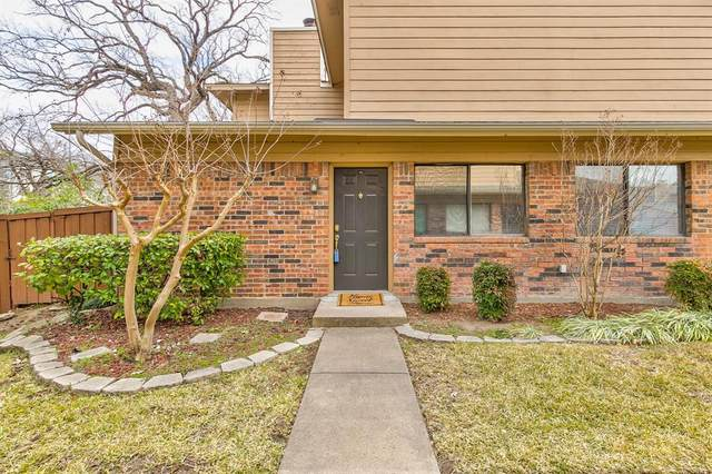 5730 Cedar Creek Drive, Benbrook, TX 76109 (MLS #14500354) :: All Cities USA Realty