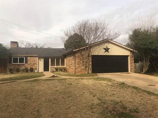 3731 Twin Oaks Court, Flower Mound, TX 75028 (MLS #14500451) :: The Kimberly Davis Group