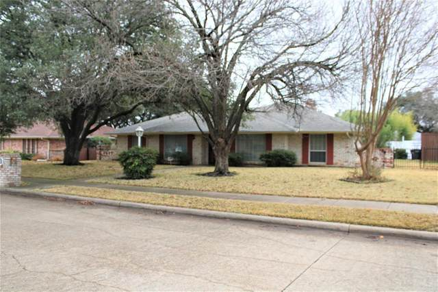 1804 Northcrest Drive, Plano, TX 75075 (MLS #14500631) :: The Mauelshagen Group